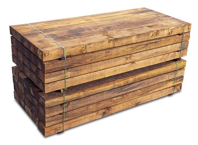 Vigas de madera tratada