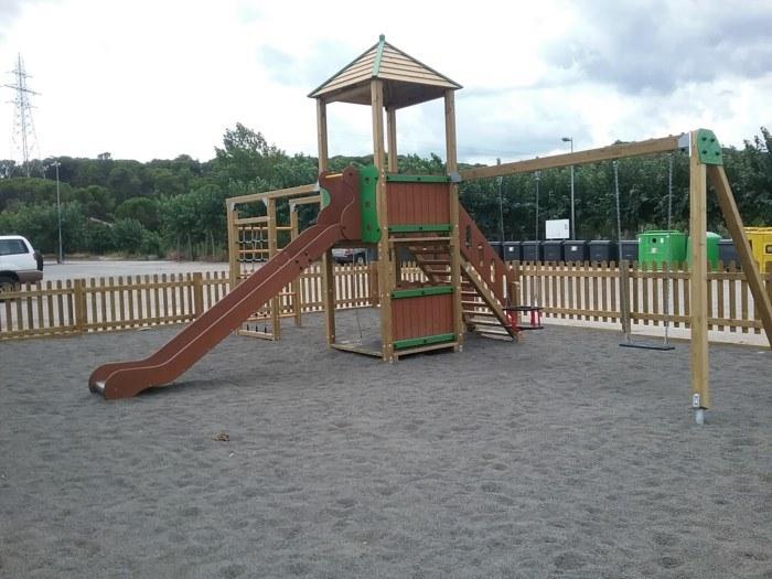 Parque infantil Fogars de la Selva 2