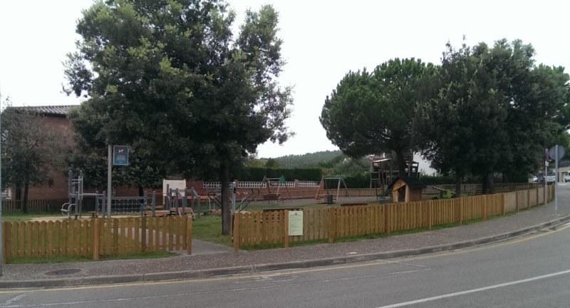 Puerta valla para parque en Gerona
