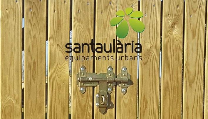 Puertas y vallas de madera tratada para jardines y exteriores