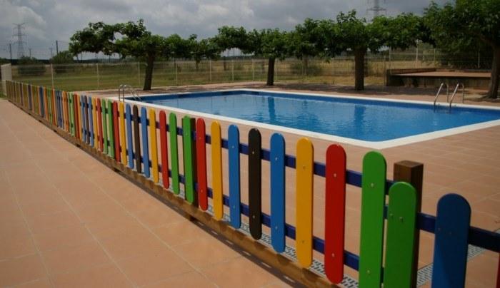 Valla infantil de polietileno para piscinas